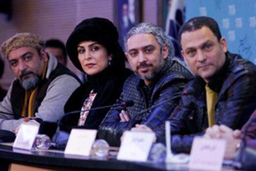 میترا حجار در نقش شهلا جاهد و حسین یاری در نقش ناصر محمدخانی روی پوستر «یادم تو رو فراموش»
