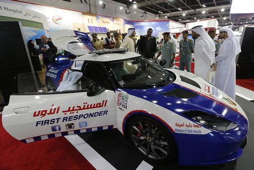 فیلم    استفاده از آمبولانسهای متفاوت در دبی با سرعت ۳۰۰ کیلومتر