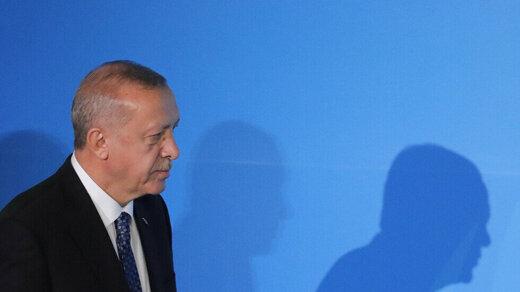 اردوغان خطاب به مکرون: مرگ مغزی خودت را چک کن!