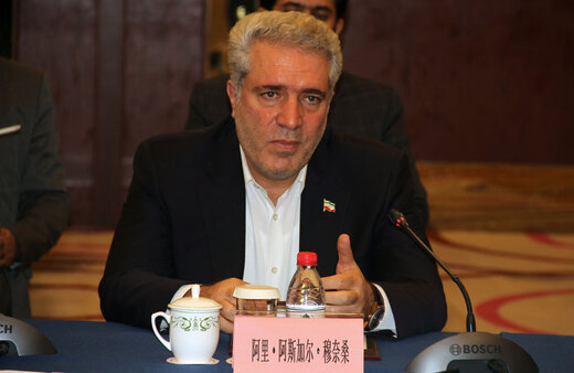 Iran calls for Chinese investment in tourism industry