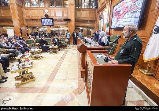 جلسه شورای شهر تهران با حضور سردار یزدی فرمانده سپاه محمد رسول الله (ص)
