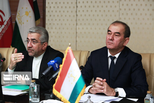 Iran, Tajikistan to use nat'l currencies in trade transactions