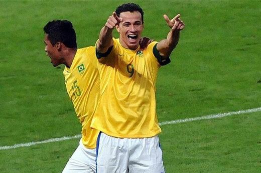 مهاجم سابق تیم ملی برزیل، گزینه مدنظر پرسپولیس