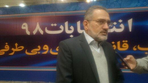 وزرای احمدینژاد بعد از کاندیداتوری: ارتباطمان با او قطع نمیشود/ حاشیههایش را تایید نمیکنیم