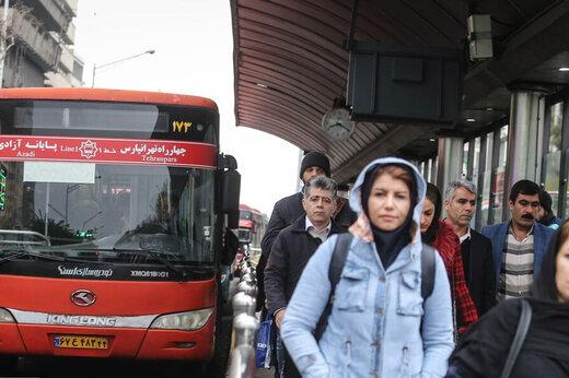مردم به شهرداری تهران: با پیادهرو کاری نداشته باشید!