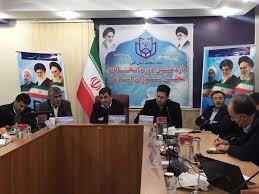 پیش بینی روزنامه جمهوری اسلامی:این همه کاندیدای جناح راست، آنها را در رسیدن به لیست واحد دچار تشتت می کند