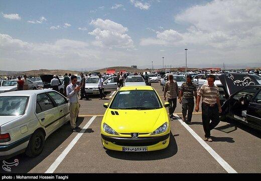 قیمت خودرو ۲ تا ۵ میلیون بالا رفت/ جدول