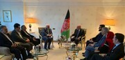 Zarif, Ashraf Ghani discuss peace talks in Afghanistan