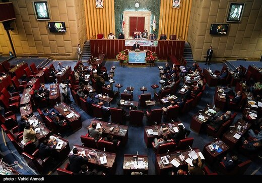 انتخابات شورای عالی استانها با اعتراض به تخلف هیات رئیسه آغاز شد