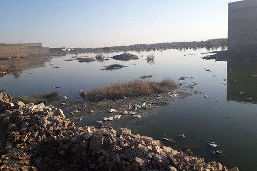 فیلم   محاصره مردم کارون در فاضلاب و آب باران