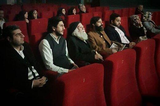 علامه محمدرضا حکیمی برای تماشای فیلم به موزه سینما آمد