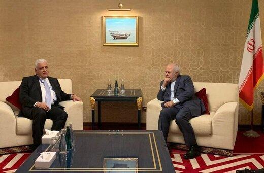 مستشار الامن القومي العراقي يلتقي ظريف بالدوحة/صور