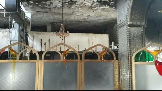 مرقد یک امامزاده را در شیراز غارت کردند و به آتش کشیدند