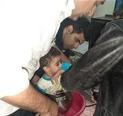 نجات کودک گرفتار در زودپز توسط آتشنشانی/عکس