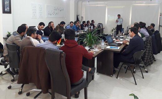 برگزاری دوره آموزشی سیمولاتور پست های انتقال و فوق توزیع برق در شرکت برق منطقه ای سمنان