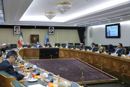 Central Bank of Iran Governor says Forex rates to keep going down