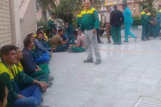 کارگران شهرداری کوتعبدالله خواستار پرداخت معوقات شدند