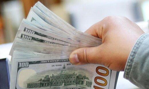 تقلای دلار برای تغییر کانال/ یورو ۱۴.۲۵۰ تومان شد