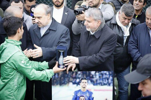 استیلی و وزیر ورزش از قائدی تقدیر کردند/عکس