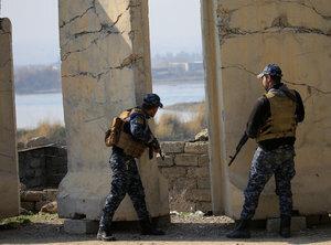 دفع حمله داعش در جنوب موصل توسط حشد الشعبی