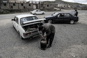 فیلم | چرا ارزانترین سوخت در ایران غیرقانونی است؟