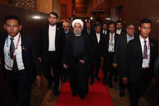 مقامات مالزی اینگونه به استقبال روحانی رفتند +عکس