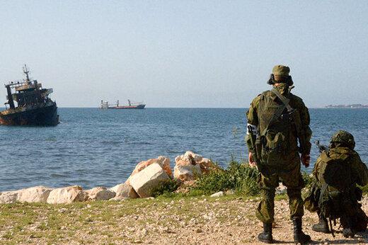 ببینید | لحظاتی از مانور نظامی مشترک روسیه و سوریه در دریای مدیترانه