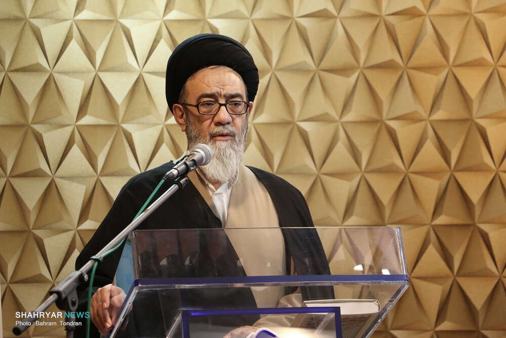 امام جمعه گیلان : در این ۴۳ سال، شیعه تکیه گاه دنیا شده /هشدار آل هاشم به هیئاتهای عزاداری