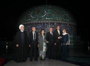 تصویری از بدرقه هنری نخست وزیر مالزی از حسن روحانی