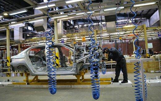 هشدار رییس سازمان بورس به آینده خودروسازان/ قیمتگذاری دستوری با صنایع خودرویی چه کرد؟