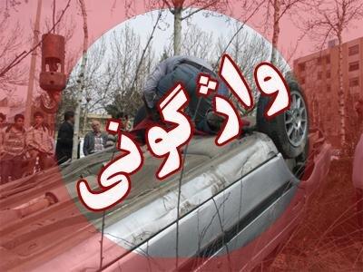 واژگونی کامیون حمل آجر در بزرگراه تندگویان