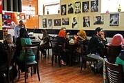 یک جامعه شناس: جوانان کافهگردی میکنند چون تفریح دیگری ندارند