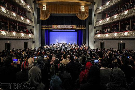 اما و اگرهای سالنهای میزبان جشنواره موسیقی فجر