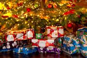 فیلم | هدایای کریسمسی جامعه مسلمانان لندن به کودکان مسیحی