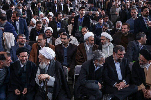 گزارش حدادعادل به اصولگرایان درباره شورای ائتلاف /تلاش جامعه روحانیت برای ارائه فهرست انتخاباتی واحد