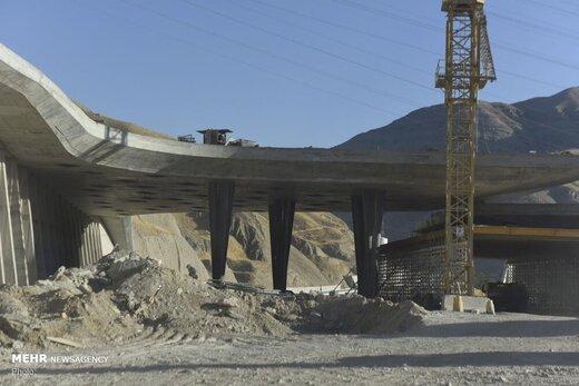 قطعه یک آزادراه تهران-شمال چه زمانی زیر بار ترافیک میرود؟