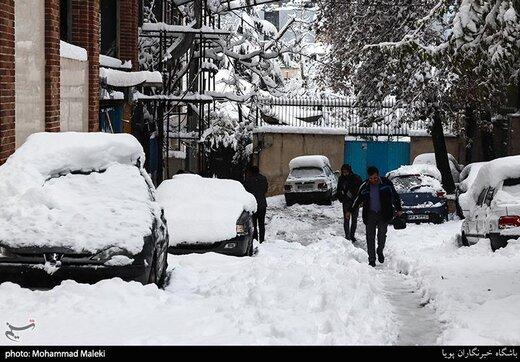 شنبه تهران برفی است