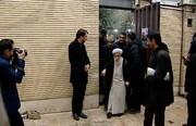 حضور آیتالله جنتی و عباسعلی کدخدایی در منزل سردار شهید سلیمانی +عکس