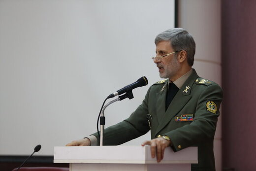 Defense Minister: Iran to take further steps in proportion to US behavior
