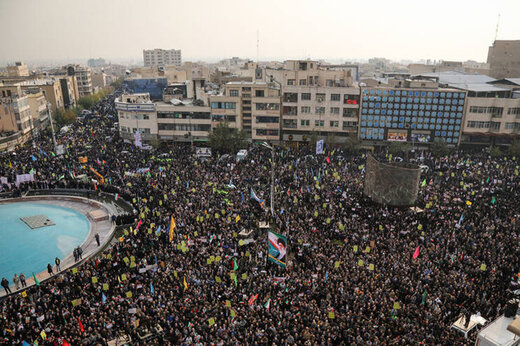 بدء مراسم تشييع جثمان القائد سليماني في طهران
