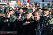 تصاویر | کدام شخصیتها در مراسم تشییع حاج قاسم سلیمانی در کرمان حضور دارند؟