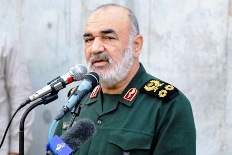 فرمانده کل سپاه: سردار سلیمانی هم در میدان می جنگید هم می توانست اجماعبسازد