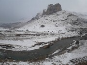ادامه بارش برف در آذربایجانغربی / دمای شهرهای مختلف استان به زیر صفر رسید