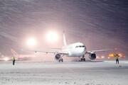 فیلم | وضعیت پروازهای فرودگاه مشهد در روز برفی