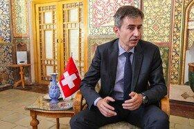 روایت وال استریت ژورنال از انتقال پیامهای بین ایران و آمریکا توسط سفیر سوئیس در تهران