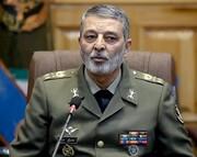 تاکید فرمانده کل ارتش بر ضرورت افزایش توان پهپادی ایران