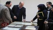 اهدا بیش از سی سند تاریخی به کتابخانه مرکزی و مرکز اسناد دانشگاه سمنان