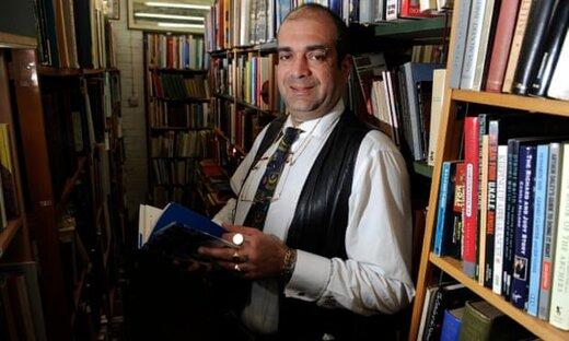 هجوم خریداران به یک کتابفروشی پس از انتشار یک توییت