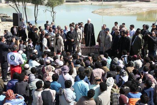 روحانی به سیلزدگان سیستان: کنارتان هستیم و مشکلات را حل میکنیم