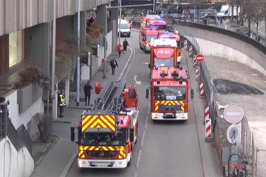 فیلم | تظاهرات به سبک هزار آتشنشان فرانسوی